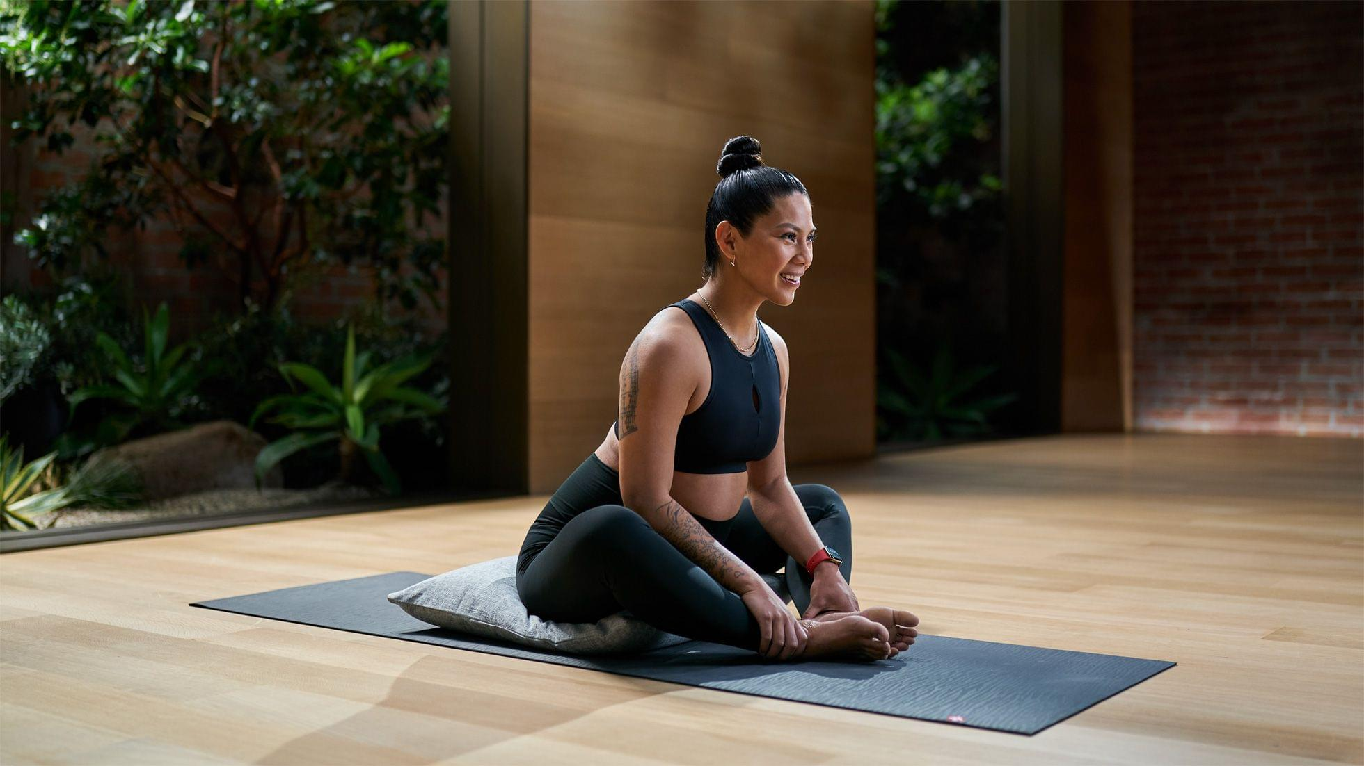 photo of Apple Expands Fitness+ Offerings with New Classes Designed for Pregnancy and Older Adults, New Trainers, and Time to… image